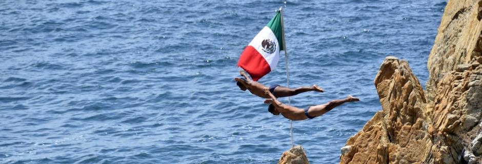 Divers of La Quebrada Acapulco